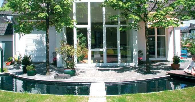 Wir bieten Ihnen Ihre gewünschte Form. Beispiel: Ein Rundes Wasserbecken.