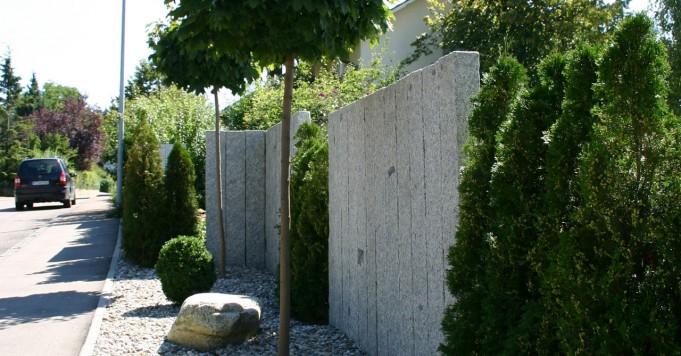 Schröer Garten- und Lanschaftsbau schneidet Ihre Bäume.